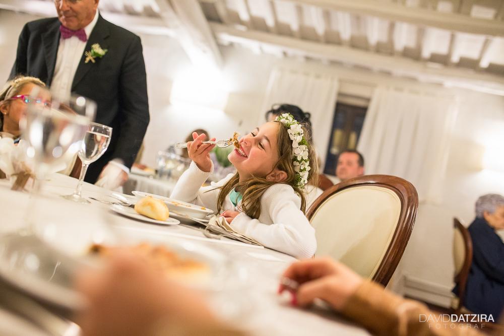 casament-anna-i-ramon-david-datzira-fotograf-sabadell-barcelona-fotografo-photographer-rustic-photocall-la-salut-castellarnau-valles-occidental-original-funny-divertit-65
