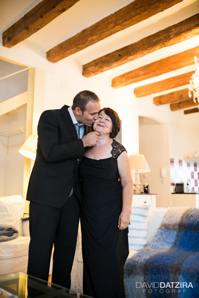 casament-rafa-i-sandra-david-datzira-fotograf-photographer-wedding-boda-barcelona-lleida-tarragona-girona-hospitalet-rural-masia-original-divertit-casual-fotoperiodisme-wedding-10