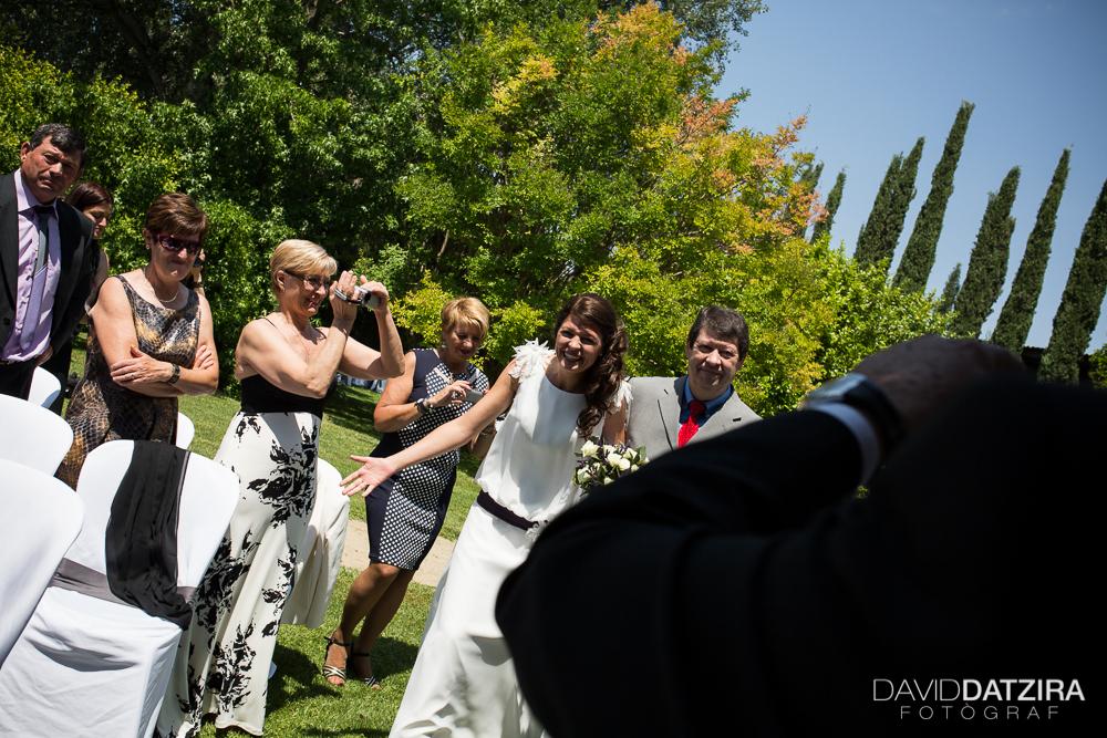 casament-rafa-i-sandra-david-datzira-fotograf-photographer-wedding-boda-barcelona-lleida-tarragona-girona-hospitalet-rural-masia-original-divertit-casual-fotoperiodisme-wedding-33