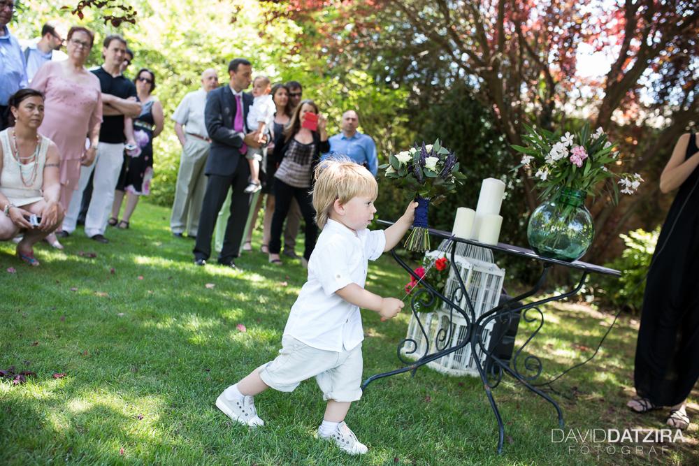 casament-rafa-i-sandra-david-datzira-fotograf-photographer-wedding-boda-barcelona-lleida-tarragona-girona-hospitalet-rural-masia-original-divertit-casual-fotoperiodisme-wedding-37