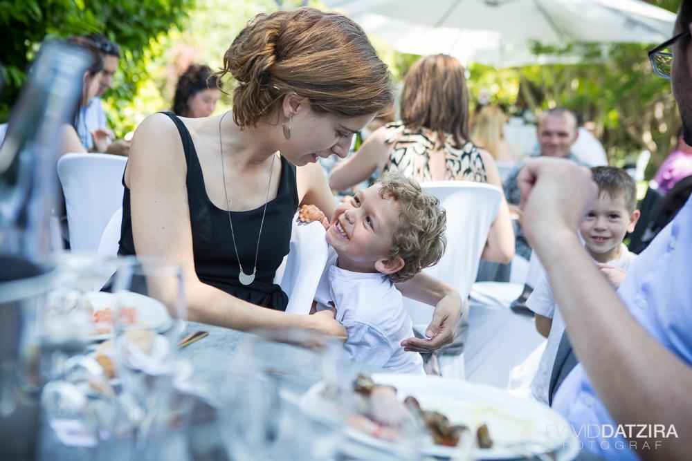 casament-rafa-i-sandra-david-datzira-fotograf-photographer-wedding-boda-barcelona-lleida-tarragona-girona-hospitalet-rural-masia-original-divertit-casual-fotoperiodisme-wedding-52