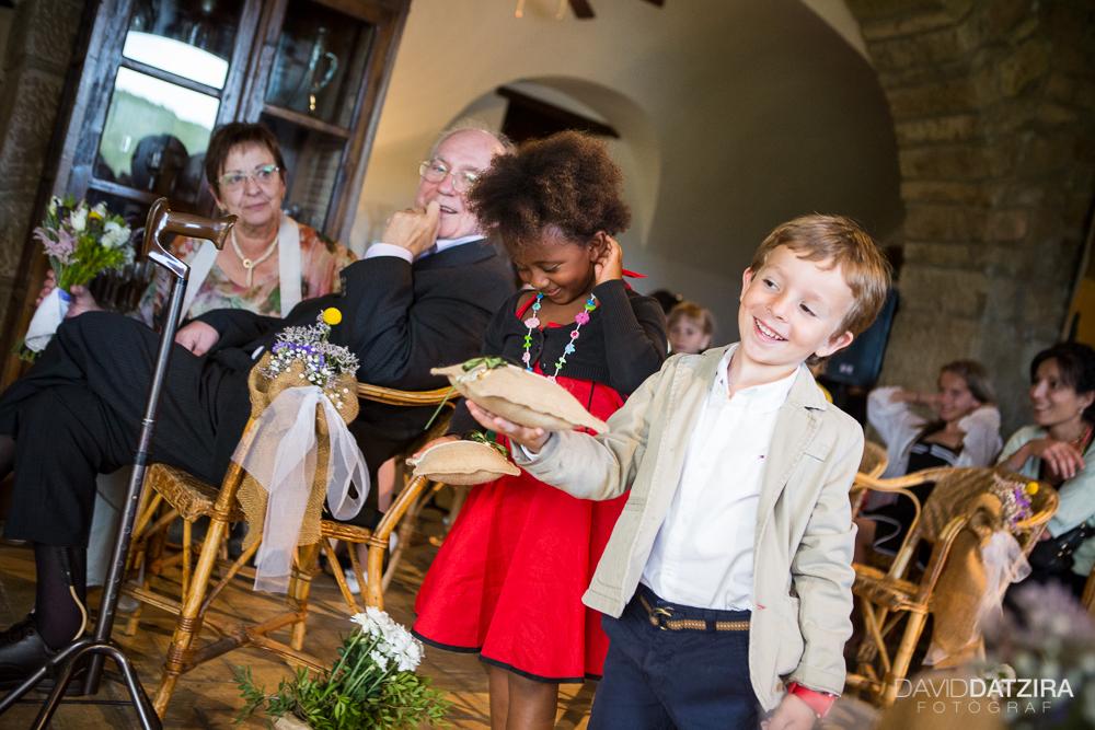 casament-roger-i-marta-david-datzira-fotograf-fotografo-photographer-barcelona-catalunya-catalonia-espontani-divertit-original-reportatge-fotoreportatge-boda-wedding-1-55
