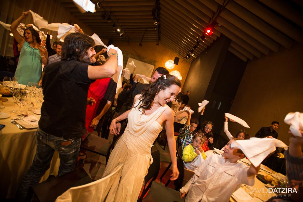 casament-roger-i-marta-david-datzira-fotograf-fotografo-photographer-barcelona-catalunya-catalonia-espontani-divertit-original-reportatge-fotoreportatge-boda-wedding-1-74
