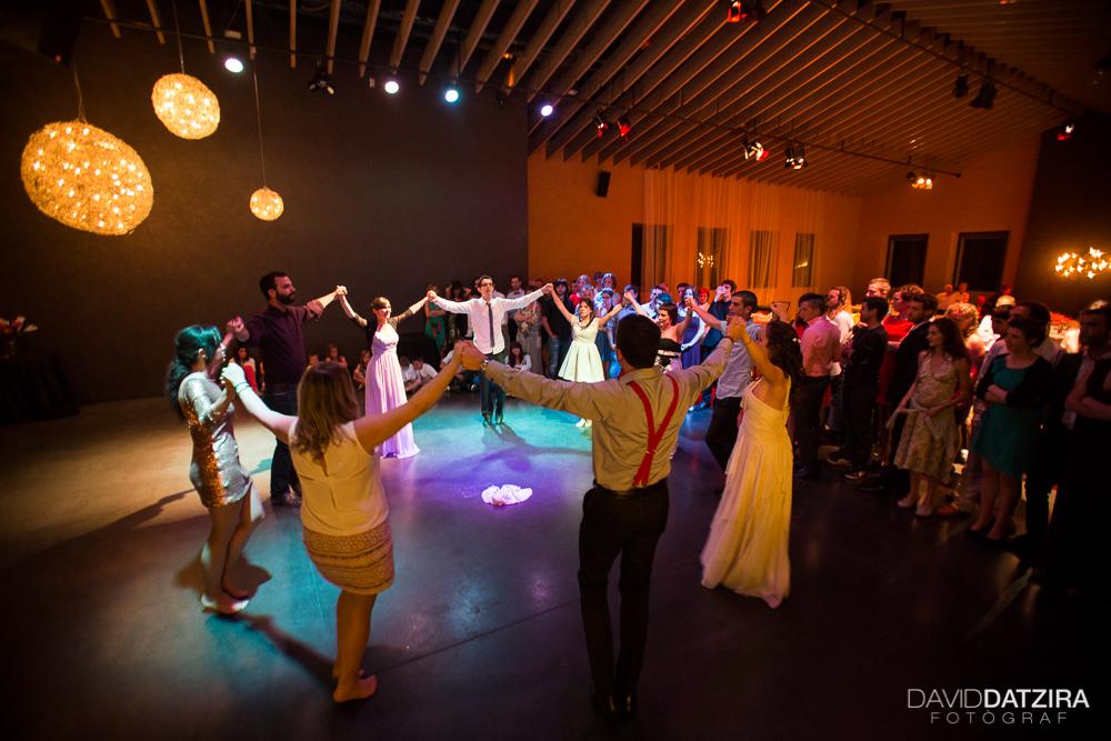 casament-roger-i-marta-david-datzira-fotograf-fotografo-photographer-barcelona-catalunya-catalonia-espontani-divertit-original-reportatge-fotoreportatge-boda-wedding-1-81