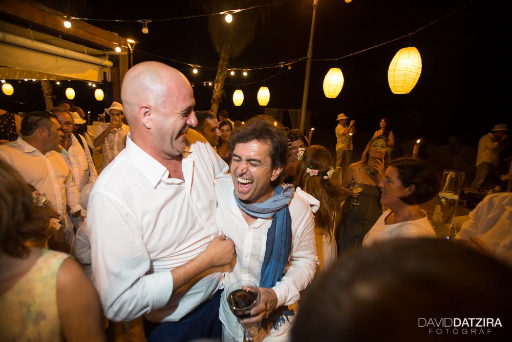 casament-toni-i-montse-david-datzira-fotograf-fotografo-photographer-barcelona-catalunya-catalonia-espontani-divertit-original-reportatge-fotoreportatge-boda-wedding-bitakora-maresme-104