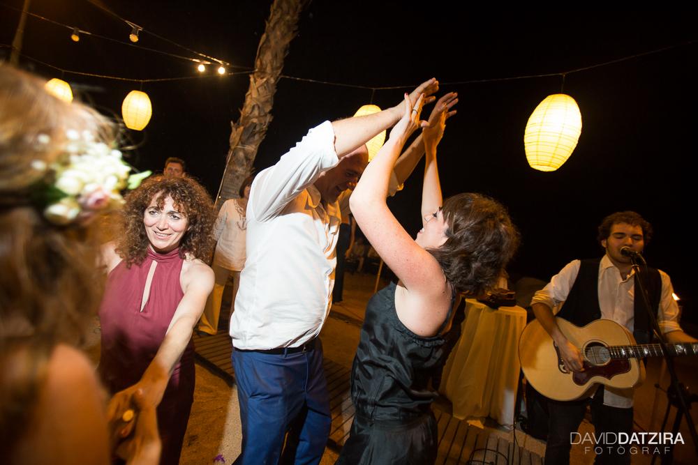casament-toni-i-montse-david-datzira-fotograf-fotografo-photographer-barcelona-catalunya-catalonia-espontani-divertit-original-reportatge-fotoreportatge-boda-wedding-bitakora-maresme-105