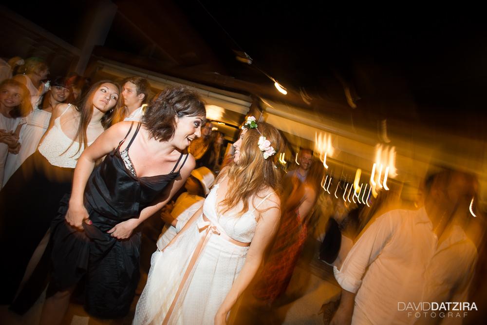 casament-toni-i-montse-david-datzira-fotograf-fotografo-photographer-barcelona-catalunya-catalonia-espontani-divertit-original-reportatge-fotoreportatge-boda-wedding-bitakora-maresme-107