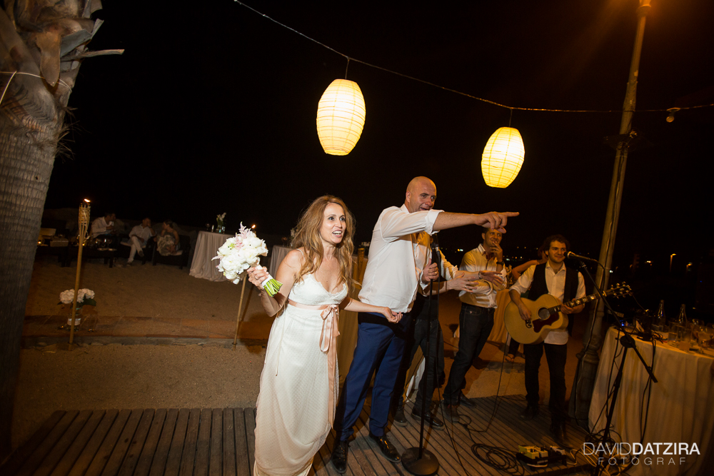 casament-toni-i-montse-david-datzira-fotograf-fotografo-photographer-barcelona-catalunya-catalonia-espontani-divertit-original-reportatge-fotoreportatge-boda-wedding-bitakora-maresme-111