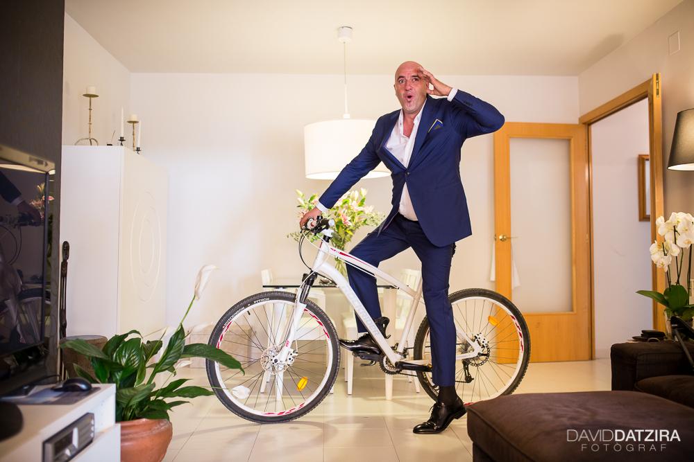 casament-toni-i-montse-david-datzira-fotograf-fotografo-photographer-barcelona-catalunya-catalonia-espontani-divertit-original-reportatge-fotoreportatge-boda-wedding-bitakora-maresme-21