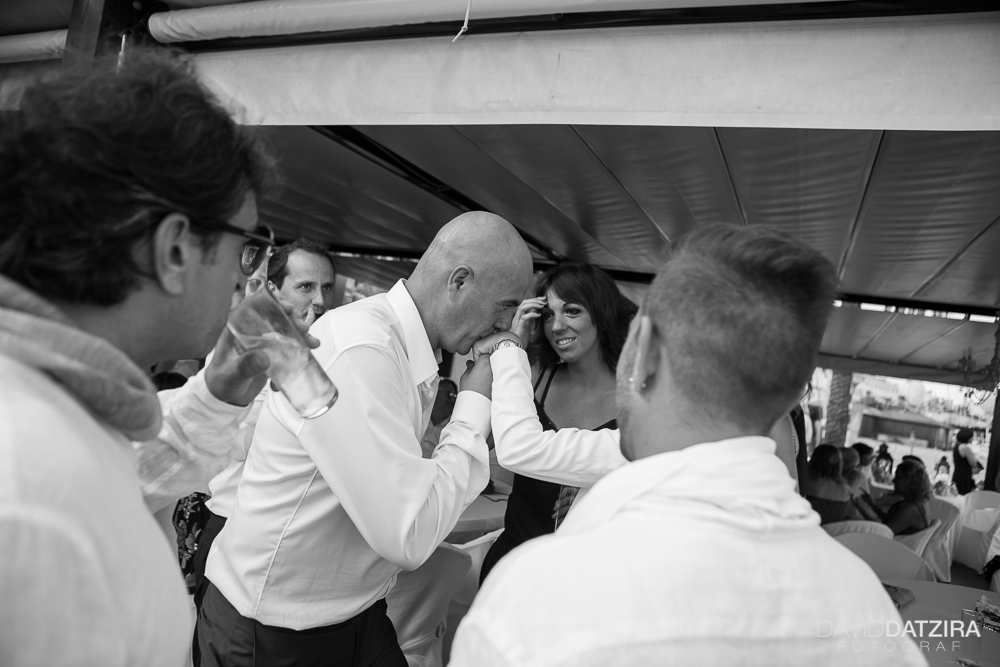 casament-toni-i-montse-david-datzira-fotograf-fotografo-photographer-barcelona-catalunya-catalonia-espontani-divertit-original-reportatge-fotoreportatge-boda-wedding-bitakora-maresme-57