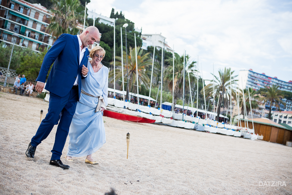 casament-toni-i-montse-david-datzira-fotograf-fotografo-photographer-barcelona-catalunya-catalonia-espontani-divertit-original-reportatge-fotoreportatge-boda-wedding-bitakora-maresme-58