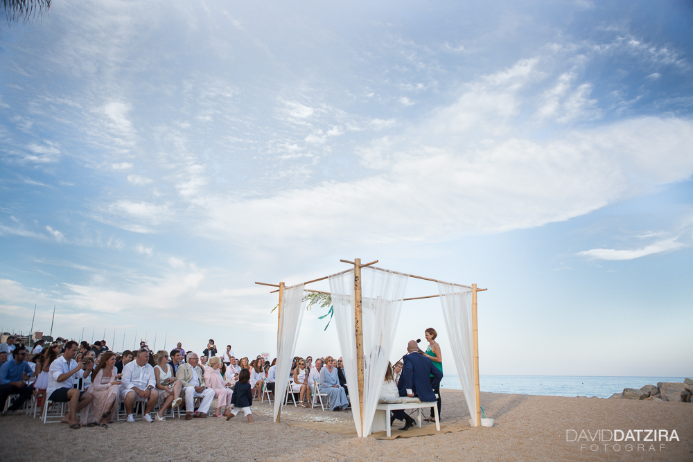 casament-toni-i-montse-david-datzira-fotograf-fotografo-photographer-barcelona-catalunya-catalonia-espontani-divertit-original-reportatge-fotoreportatge-boda-wedding-bitakora-maresme-65