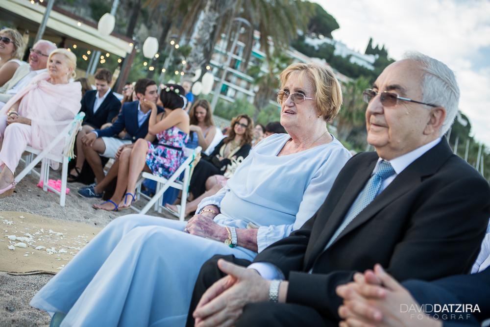 casament-toni-i-montse-david-datzira-fotograf-fotografo-photographer-barcelona-catalunya-catalonia-espontani-divertit-original-reportatge-fotoreportatge-boda-wedding-bitakora-maresme-70