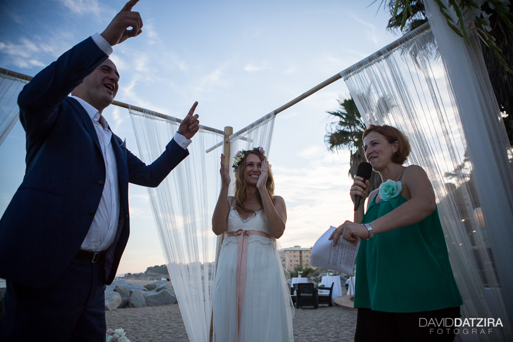 casament-toni-i-montse-david-datzira-fotograf-fotografo-photographer-barcelona-catalunya-catalonia-espontani-divertit-original-reportatge-fotoreportatge-boda-wedding-bitakora-maresme-75