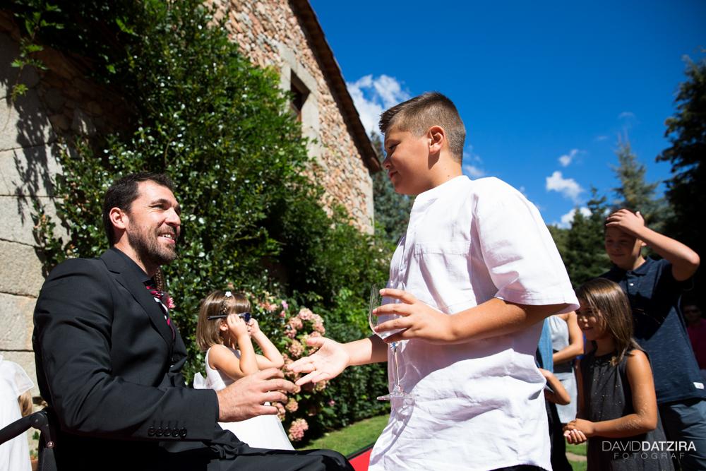 casament-jordi-i-nadia-mas-marti-arbucies-montseny-fotograf-boda-25