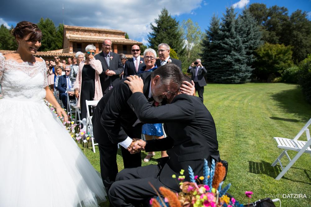 casament-jordi-i-nadia-mas-marti-arbucies-montseny-fotograf-boda-37