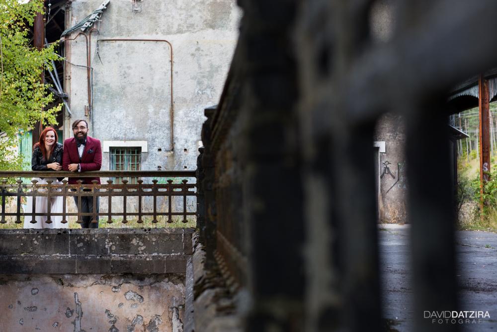 post-boda-canfranc-bardenas-reales-david-datzira-fotograf-fotografo-photographer-arago-aragon-huesca-osca-estacion-de-tren-abandonada-amor-love-18