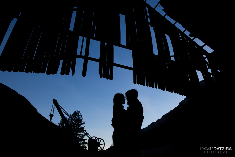 post-boda-canfranc-bardenas-reales-david-datzira-fotograf-fotografo-photographer-arago-aragon-huesca-osca-estacion-de-tren-abandonada-amor-love-29