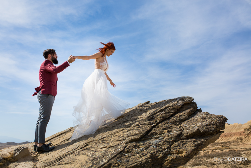 post-boda-canfranc-bardenas-reales-david-datzira-fotograf-fotografo-photographer-arago-aragon-huesca-osca-estacion-de-tren-abandonada-amor-love-31