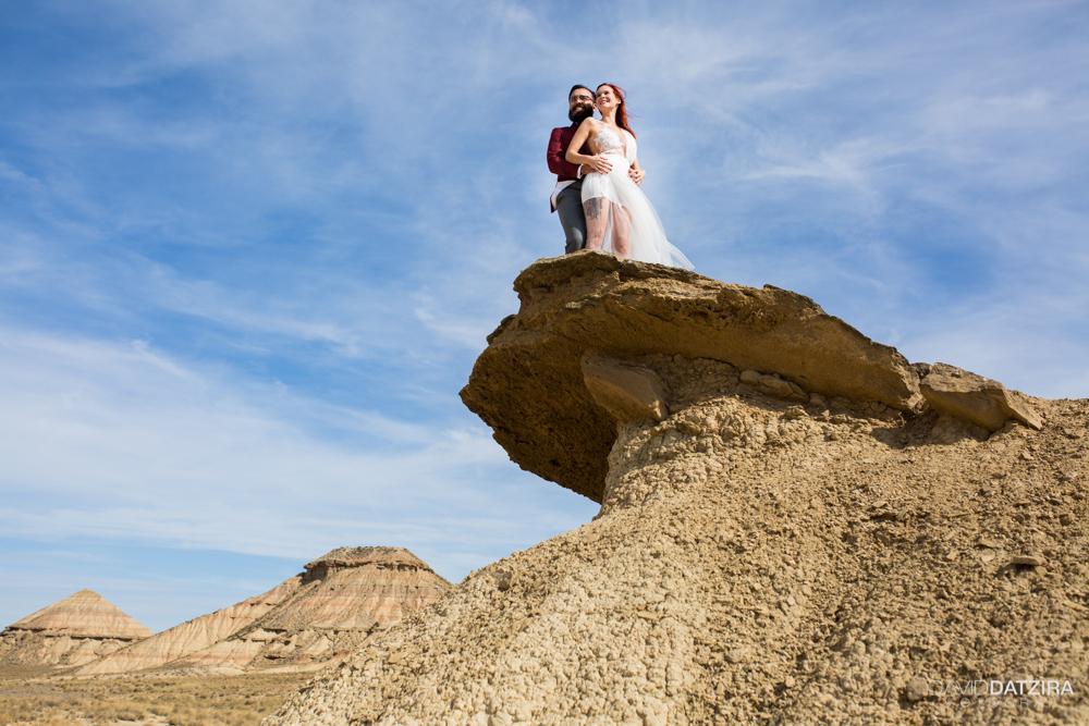 post-boda-canfranc-bardenas-reales-david-datzira-fotograf-fotografo-photographer-arago-aragon-huesca-osca-estacion-de-tren-abandonada-amor-love-33