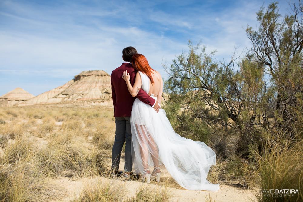 post-boda-canfranc-bardenas-reales-david-datzira-fotograf-fotografo-photographer-arago-aragon-huesca-osca-estacion-de-tren-abandonada-amor-love-34
