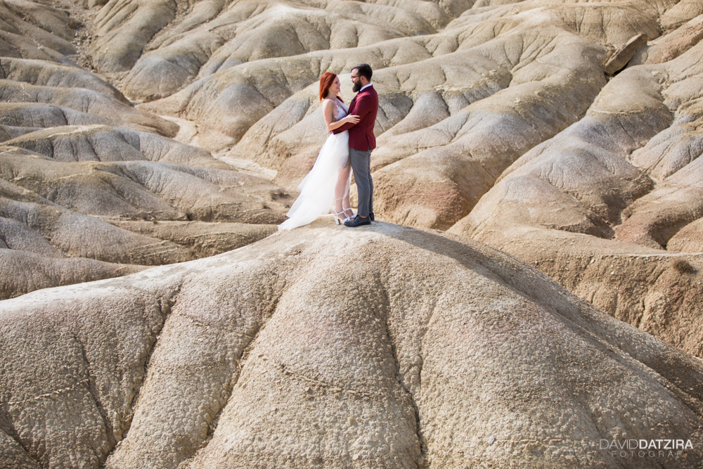 post-boda-canfranc-bardenas-reales-david-datzira-fotograf-fotografo-photographer-arago-aragon-huesca-osca-estacion-de-tren-abandonada-amor-love-41