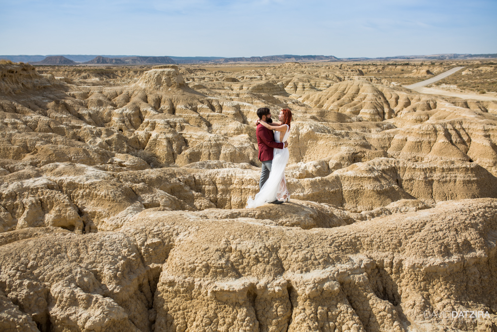 post-boda-canfranc-bardenas-reales-david-datzira-fotograf-fotografo-photographer-arago-aragon-huesca-osca-estacion-de-tren-abandonada-amor-love-47