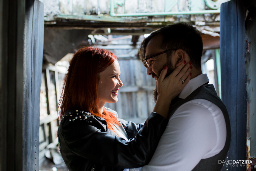 post-boda-canfranc-bardenas-reales-david-datzira-fotograf-fotografo-photographer-arago-aragon-huesca-osca-estacion-de-tren-abandonada-amor-love-5
